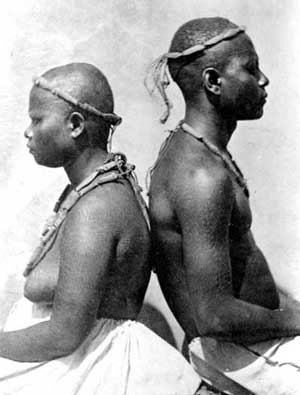 Andamanese couple by Edward Horace Man (1876) / Wikimedia