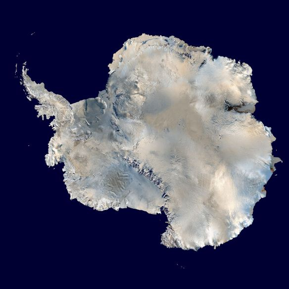 Antartica from NASA's Blue Marble data set (1 km resolution global satellite composite) image by Dave Pape / wikimedia