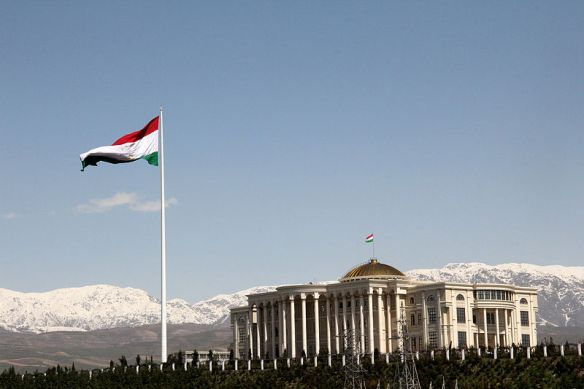 Palace of Nations and the Flagpole, Dushanbe, Tajikistan / Photo by Rjruiziii - Wiki Commons *