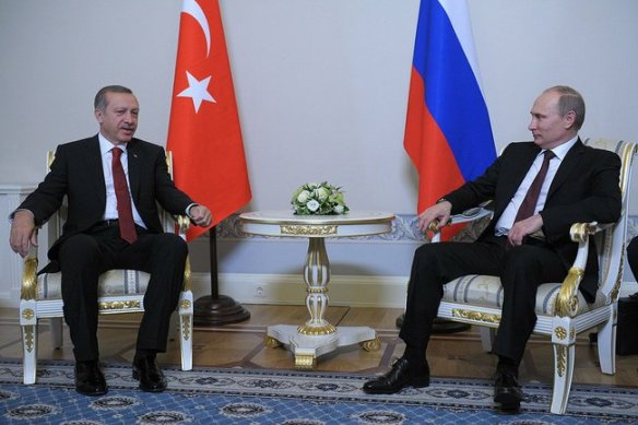 Russian President Vladimir Putin meeting with Turkish Prime Minister Recep Tayyip Erdogan in St.Petersburg (2013) / Source: Kremlin.ru - Wikimedia *